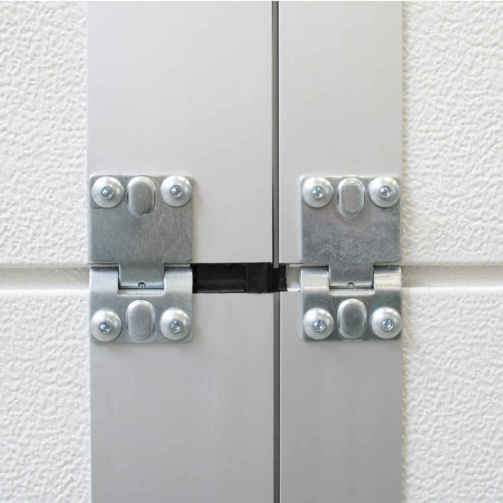 Safestep pass door systems flexiforce not only on easier production easier installation more effective door heights but also through a continuously widening range of accessories like push rubansaba